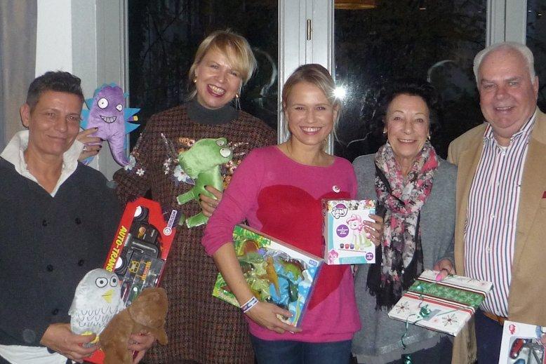 Geschenke Einpacken Fur Familien Schwer Kranker Kinder Mcdonald S